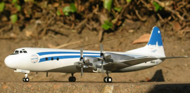 1/144 Minicraft L-188 Electra by Dmitriy Shapiro