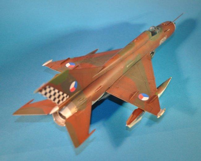 1/48 Eduard MiG-21R by Ronald Beelen